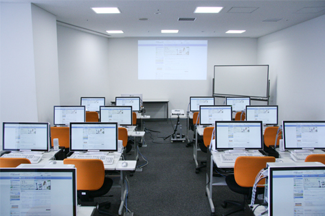 クラスルームC室内