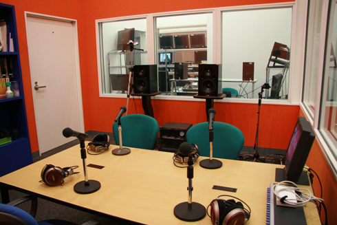 写真:音声スタジオ